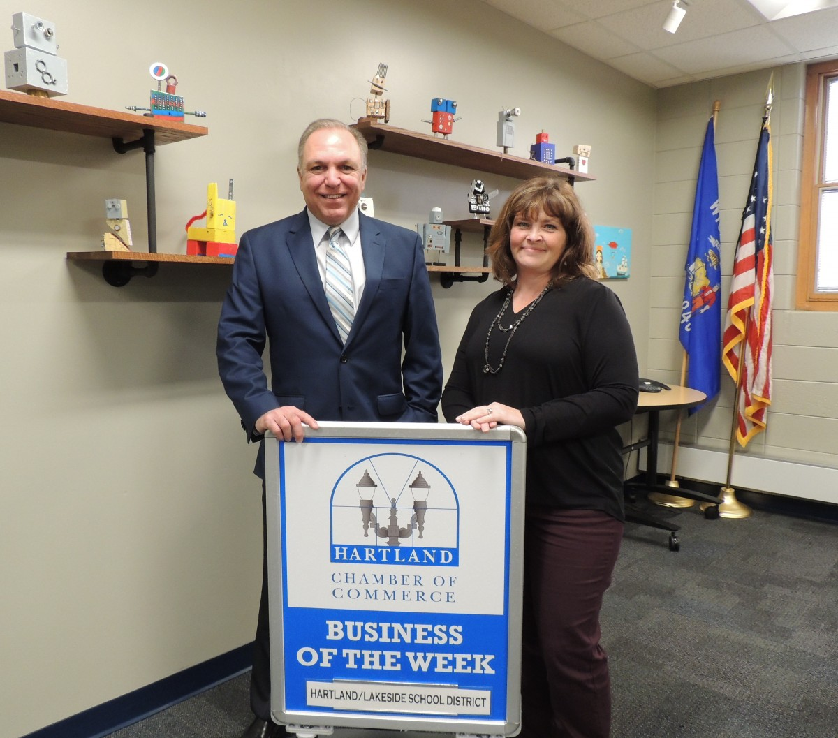 HARTLAND/LAKESIDE SCHOOL DISTRICT HARTLAND CHAMBER BUSINESS OF THE WEEK