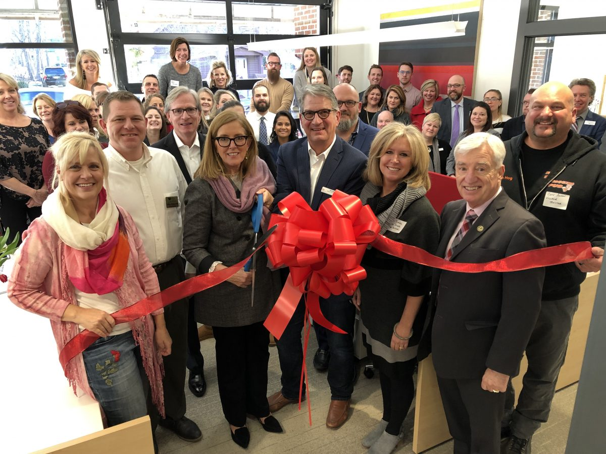 THE HARTLAND CHAMBER WELCOMED KELLER WILLIAMS LAKE COUNTRY WITH A RIBBON CUTTING CEREMONY!